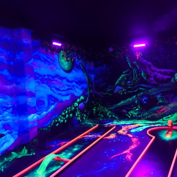 Indoor Minigolfhalle mit 3D Graffiti kaufen
