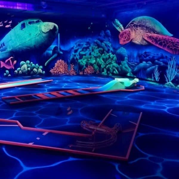 Schwarzlicht-Minigolf-Interactive-Lasergames-com-161