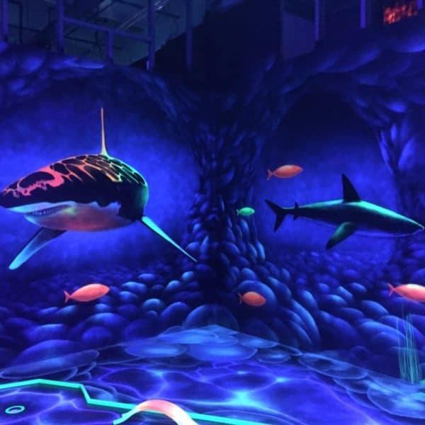 Schwarzlicht-Minigolf-Interactive-Lasergames-com-182