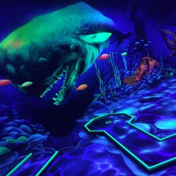 Schwarzlicht-Minigolf-Interactive-Lasergames-com-184