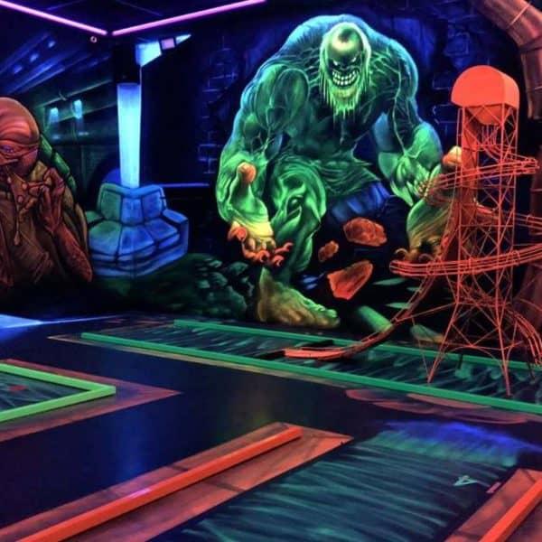 Schwarzlicht-Minigolf-Interactive-Lasergames-com-69