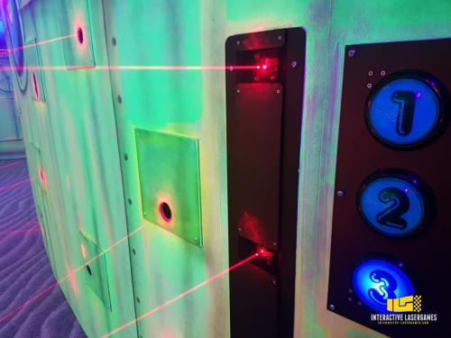 heide-park_lasergame-lasermaze-13