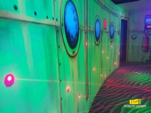 heide-park_lasergame-lasermaze-14