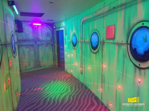 heide-park_lasergame-lasermaze-20