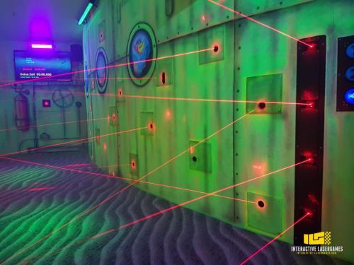 heide-park_lasergame-lasermaze-22