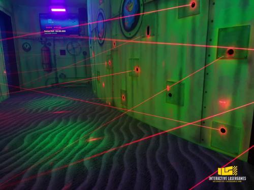 heide-park_lasergame-lasermaze-23