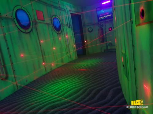 heide-park_lasergame-lasermaze-32