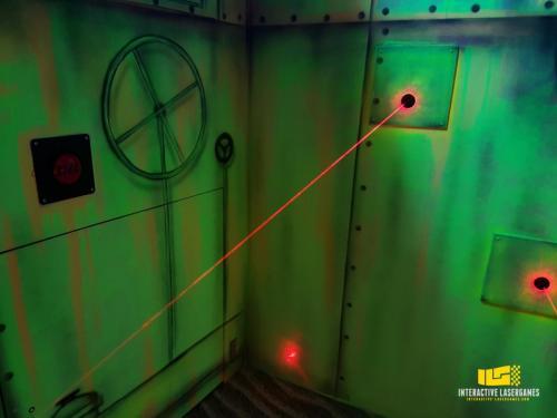 heide-park_lasergame-lasermaze-35