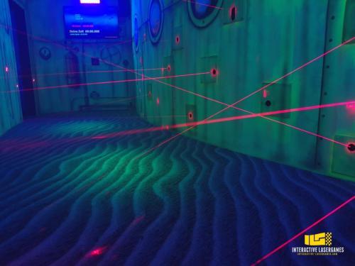 heide-park_lasergame-lasermaze-44