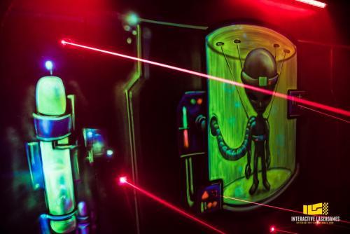 laser-maze-laser-game-24